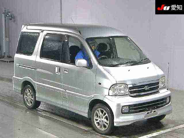 VERY RARE FRESH IMPORT LATE 2001 DAIHATSU ATRAI SPARKY 7 1.3 AUTOMATIC 7 SEATER