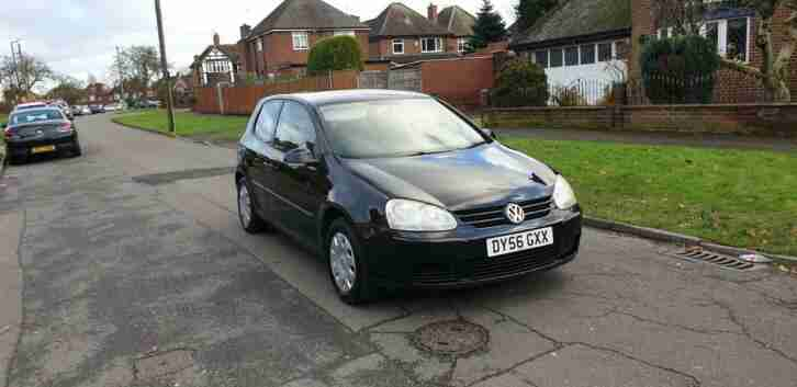 Volkswagen GOLF 1.4. Volkswagen car from United Kingdom
