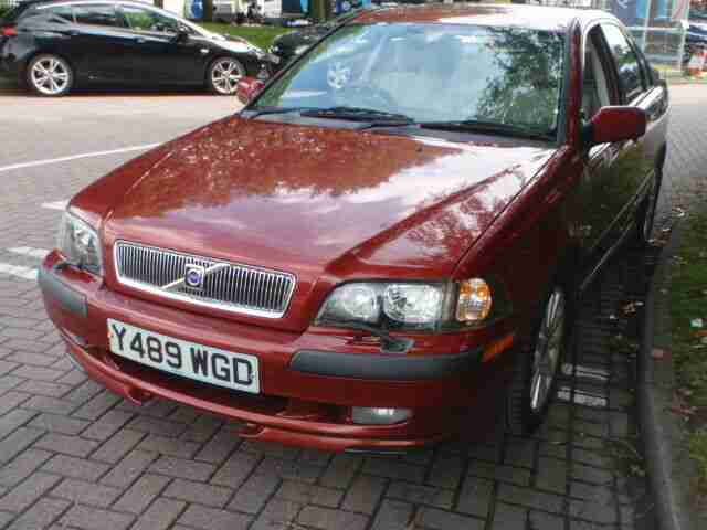 VOLVO S40 1.8 2001 GENUINE 36K FAMILY OWNED FROM NEW