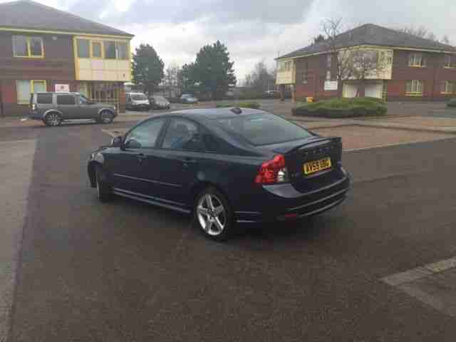 VOLVO S40 2.0D R DESIGN (12 MONTHS MOT) STUNNING LOOKING VEHICLE