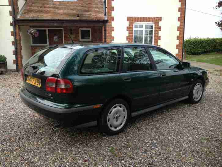 VOLVO V40 1.8I ESTATE GREEN GOOD CONDITION MOT APRIL 2015 DRIVES GREAT