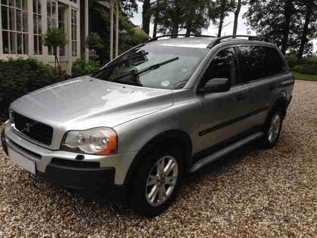 VOLVO XC90 D5 (7 seater Four wheel drive)