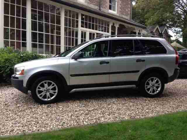 volvo xc90 d5 7 seater four wheel drive car for sale. Black Bedroom Furniture Sets. Home Design Ideas