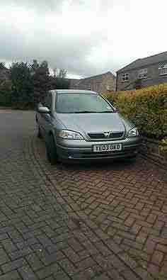 Astra 1.6 Automatic Metallic Blue