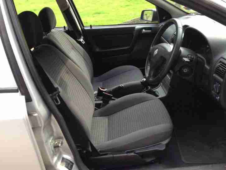 vauxhall astra 1 7 cdti enjoy 5dr hatchback 2004 54 only 55 000. Black Bedroom Furniture Sets. Home Design Ideas