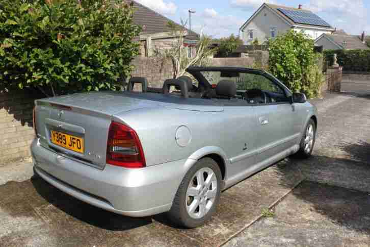 Vauxhall Astra Convertible Silver 2001y Car For Sale