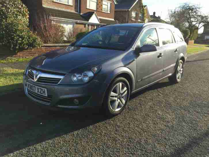 Astra Estate SXI 2007 Grey