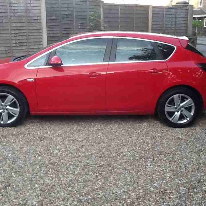 Vauxhall Astra Sri 1400 Petrol Turbo 2013 Six Speed 33 K