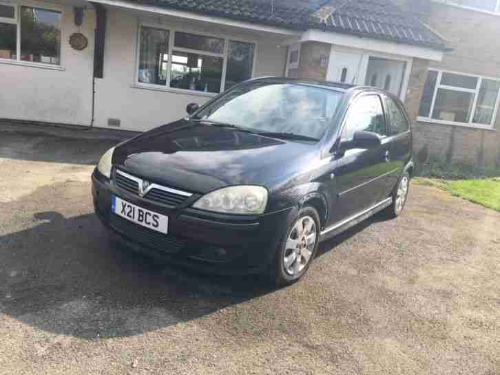 Vauxhall Corsa SXI 16V black, 53 plate, great runner, updated sound system