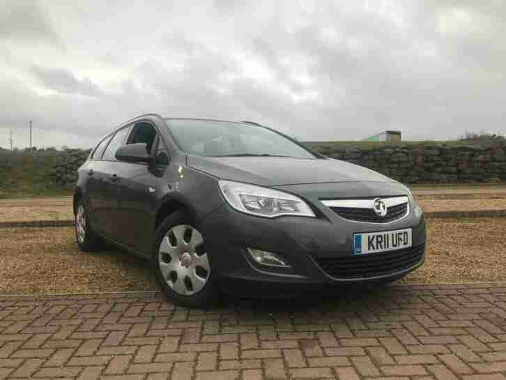 Vauxhall Opel Astra 1.3CDTi 16v ( 95ps ) ecoFLEX ( s s ) 2011.5MY Exclusiv