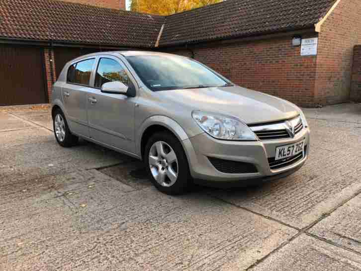 Vauxhall Astra 1.6 16v 2008 Club READY