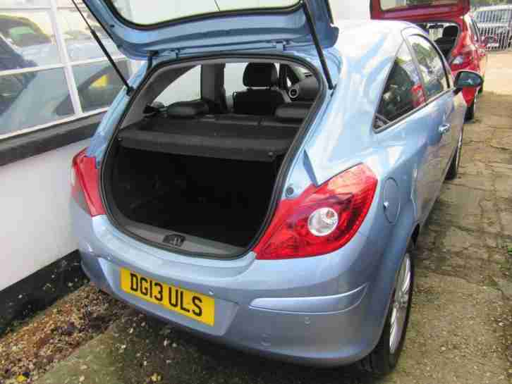 Vauxhall/Opel Corsa 1.4i 16v ( 100ps ) ( a/c ) SE DOOR LOW MILEAGE AUTOMATIC