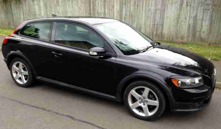 volvo c30 se 2 0 d hatchback 2007 98 450 vgc fsh new cambelt px swap. Black Bedroom Furniture Sets. Home Design Ideas