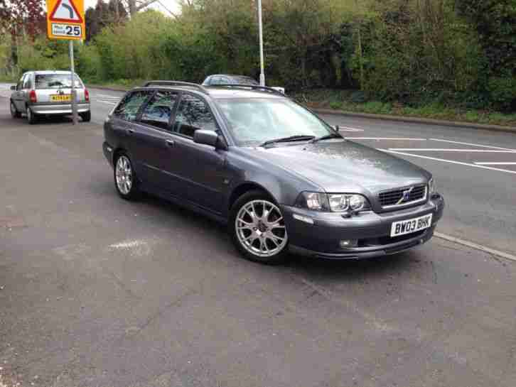 volvo v40 122bhp 2003my sport lux 112000 miles full service. Black Bedroom Furniture Sets. Home Design Ideas