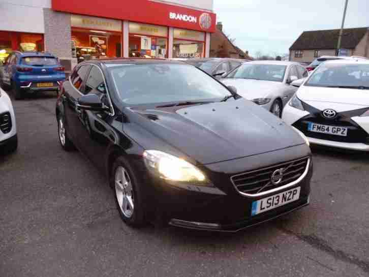 Volvo V40 D2 Se Nav Hatchback 1.6 Manual Diesel