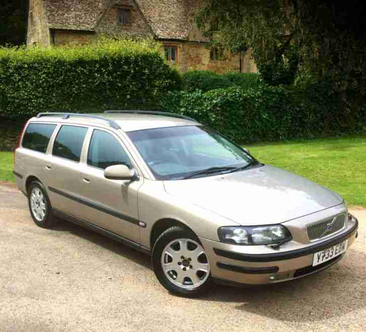 volvo v70 2 4 2434cc auto 2001my t estate 7 seater full history 2015. Black Bedroom Furniture Sets. Home Design Ideas