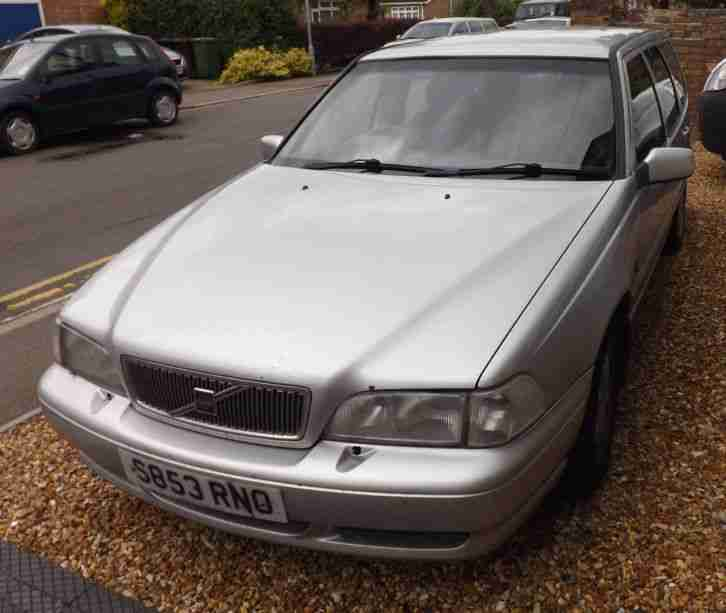 Volvo Auto Sales: Volvo V70 Classic Running On LPG 1998 Silver. Car For Sale