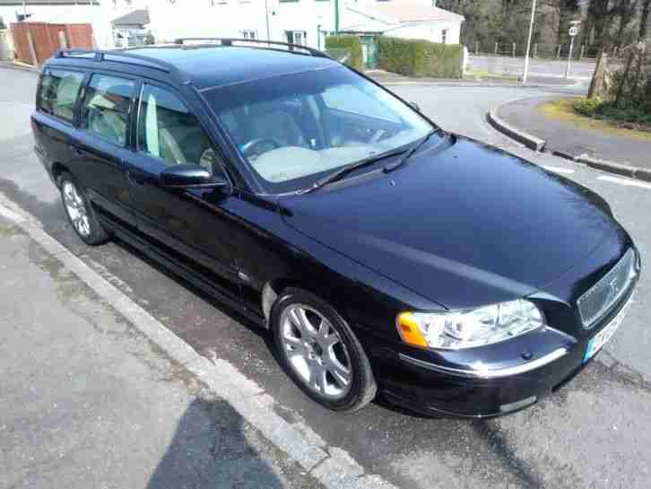 Volvo V70 Estate Black With Beige Leather Interior 2005 Petrol Car For Sale