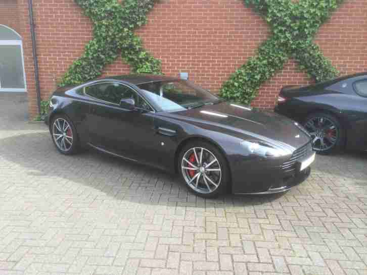 aston martin vantage genuine alloy wheels
