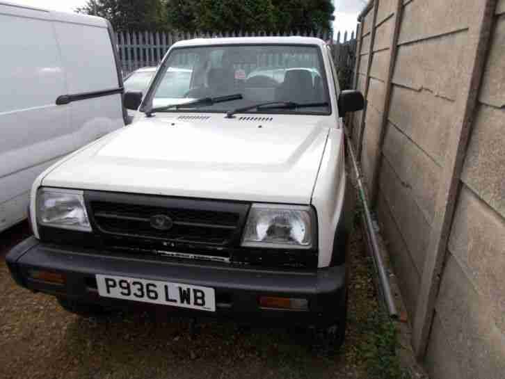 daihatsu sports track excellent mot drives excellent
