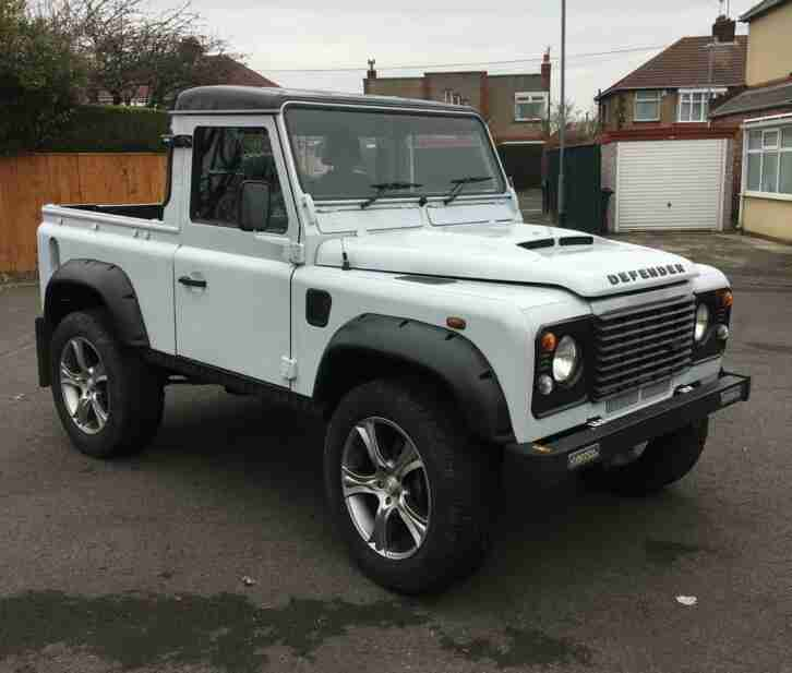 defender 90 pick up