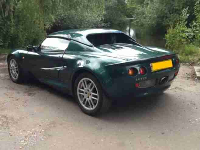 excellent example of a reliable 2000 Lotus ELISE S1 in metallic green