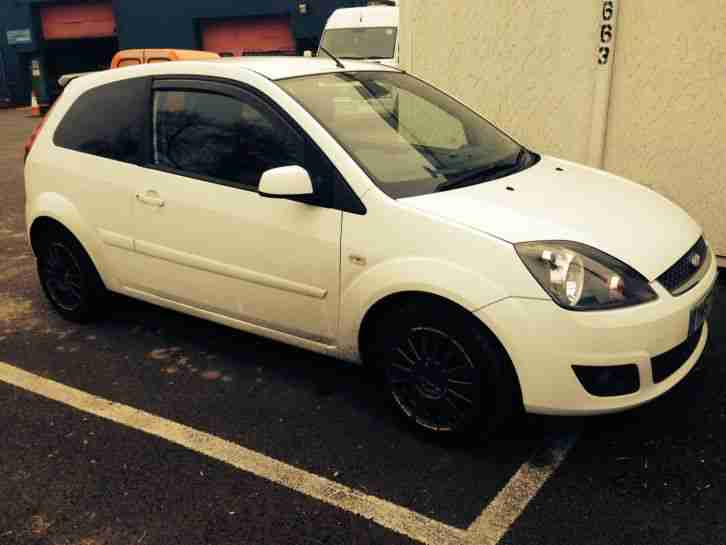 ford fiesta 1.25 zetec (climate) 3 door white 2007