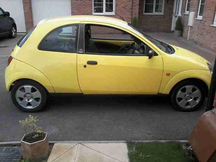 Alloy Wheels  C B Yellow Interior  C B Colour Driver