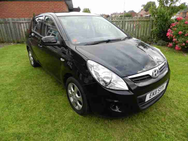 Hyundai I20 Comfort 2011 Black 1248cc Car For Sale