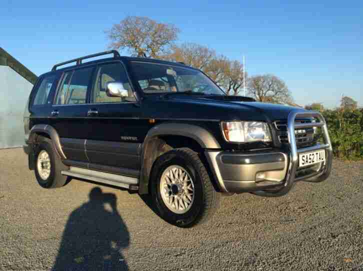 Isuzu trooper 2003 low mileage fully loaded 7 seater