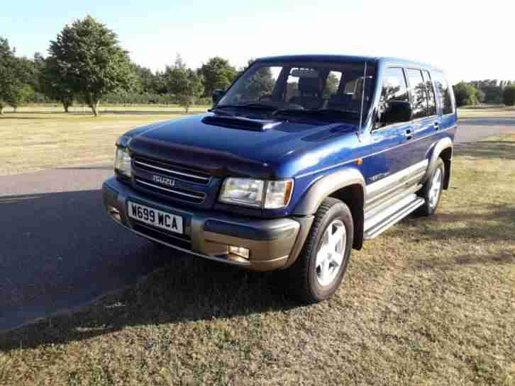 isuzu trooper 3.0 auto insigna long mot low miles leather toyota landcruiser