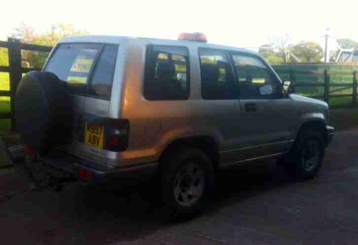 isuzu trooper 3.1L swb
