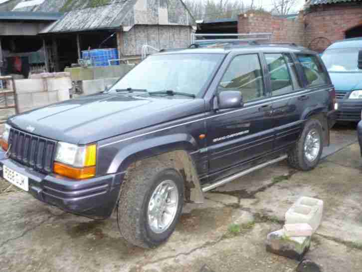 Jeep grand cherokee. Chrysler car from United Kingdom
