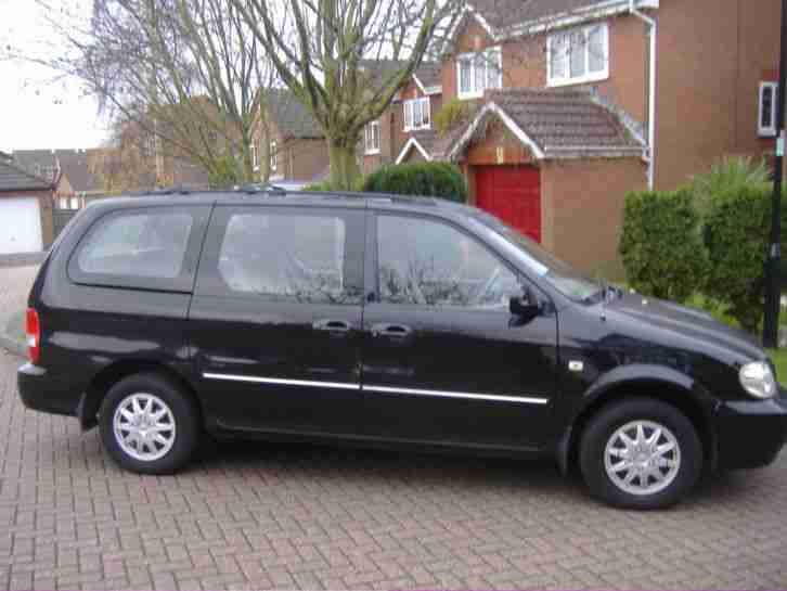 Kia Sedona 2902cc. Kia car from United Kingdom