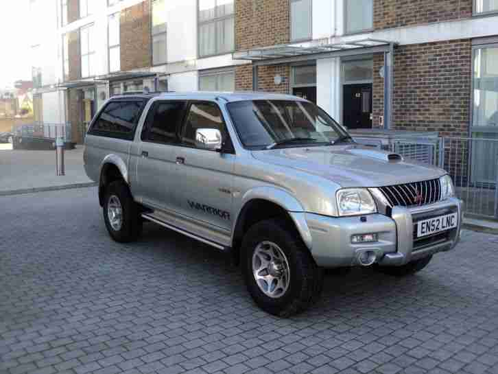 mitsubishi l200 warrior jeep pick up truck four by four in excellent condition