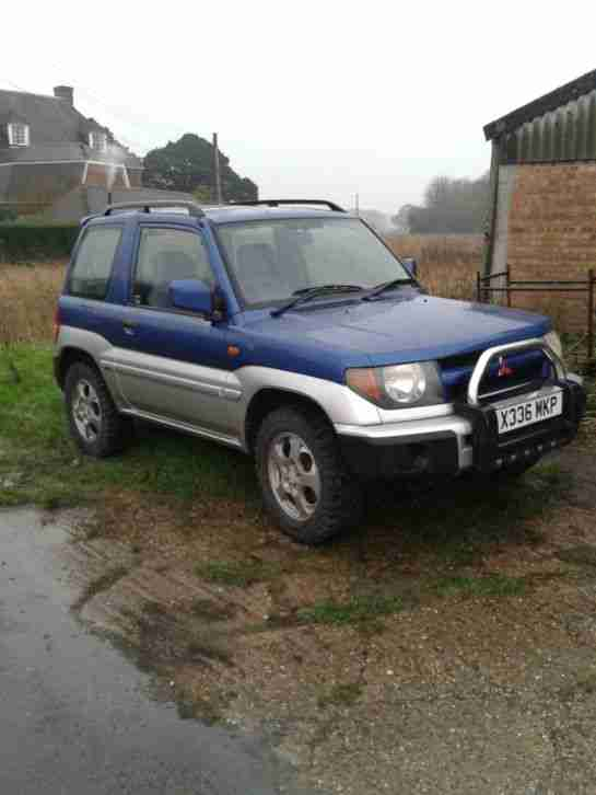 mitsubishi shogun pinin green laner off roader winter vehicle