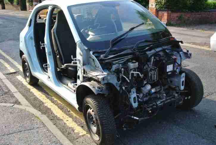 Renault Twingo Breaking Engine Gearbox Ecu Loom Interior Rolling Shell