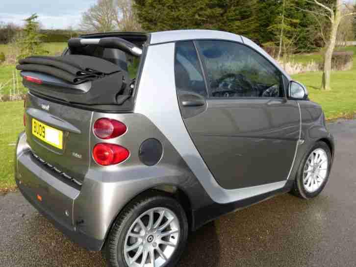 smart convertible car for sale. Black Bedroom Furniture Sets. Home Design Ideas