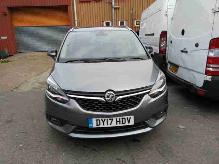 vauxhall zafira tourer se 1 4 turbo petrol 7 seaters 2017 car for sale. Black Bedroom Furniture Sets. Home Design Ideas
